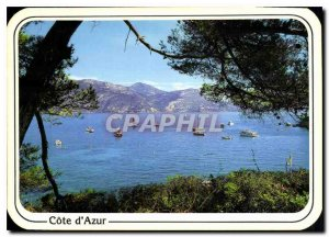 Carte Postale Modern Reflections of the French Riviera A bay