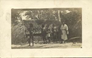 fiji islands, Native Fijian People in Front of their Hut (1910s) RPPC