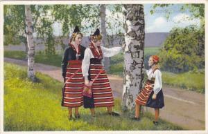 Ladies & A Girl, Rattvik, Dalarne, Sweden, 1910-1920s
