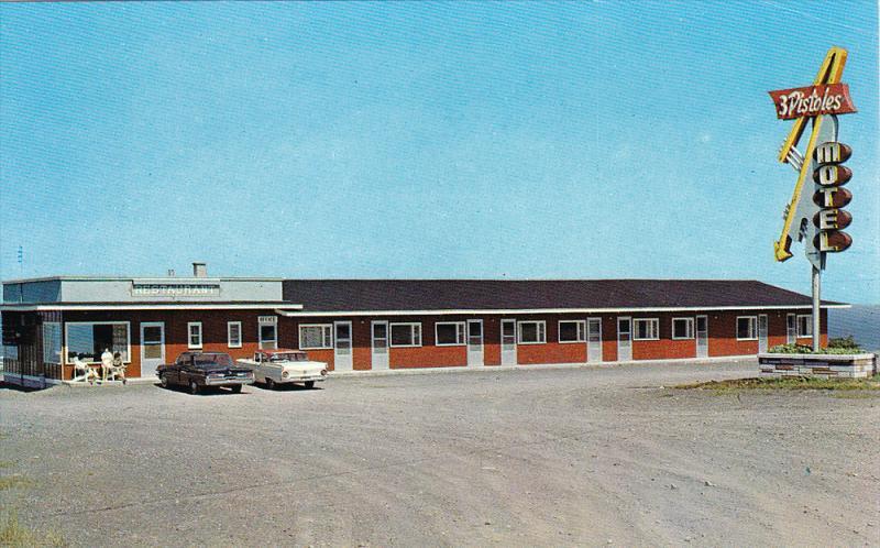 3 Pistoles Motel, Trois Pistoles Ouest, Province of  Quebec, Canada, 40-60s