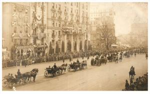 21875   President Taft  1909 Inauguration  Parade  passing Goldenstroth´s Ba...