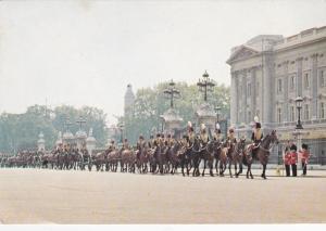 King's Troop Royal Horse Artillery - Buckingham Palace - London, United Kingdom