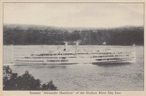 Steamer ALEXANDER HAMILTON of the Hudson River Day Line, 1900-10s