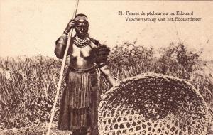 RUANDA-URUNDI, Femme de pecheur au lac Edouard , postal card , 00-10s