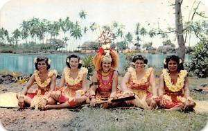 Fiji Taupou and Dancing Girls  Taupou and Dancing Girls