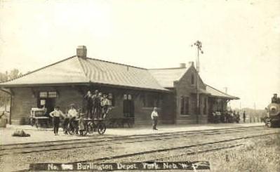 Real Photo,  Burlington Depot, York, Nebraska, NE, USA Railroad Train Depot P...