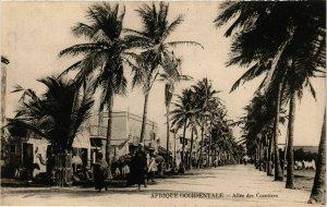 CPA AK SÉNÉGAL-Afrique Occidentale-Allée des Cocotiers (331147)
