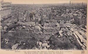France Reims Cathedrale Vue panoramique des Quartiers incendies prise de la C...
