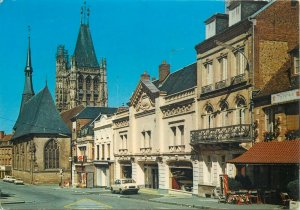 Postcard France L'aigle L'eglise saint martin street city church