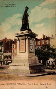 CPA CLERMONT FERRAND Place de Jaude Statue de Desaix (460919)