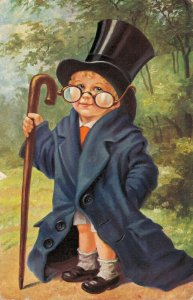 Little gentleman with a hat and glasses Funny 03.01