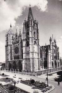Spain Leon Fachade de la Catedral