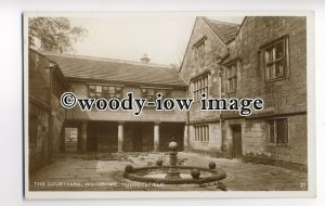 tp8713 - Yorks' - Courtyard & Fountain at Woodsome, in Huddersfield - Postcard