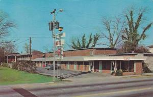 Exterior Street View of Uptown Motel, Florence, South Carolina, 40-60´s