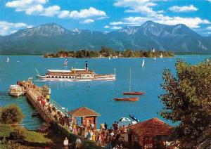 Chiemsee mit Fraueninsel Schiff Boats Island Lake Panorama