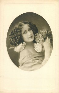 Postcard young lady portrait beauty charm lady portrait flower roses