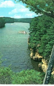 PC5932 BOAT TRIP AT THE DELLS, WISCONSIN