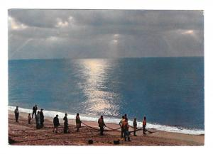 Italy Ocean Fishing from the Shore Net 4X6 Postcard