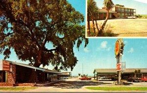 South Carolina Georgetown The Carolinian Motel & Restaurant 1974