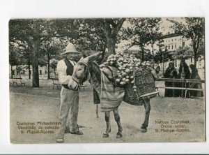 299906 PORTUGAL S.Michael-Azores natives Costumes onion seller Vintage postcard