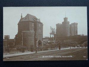 Tyne & Wear NEWCASTLE Black Gate & Castle - Old RP Postcard