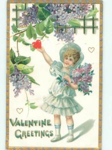 Pre-Linen Valentine CUTE GIRL PICKS HEART FROM THE TREE AB2978