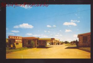 SHAMROCK TEXAS VILLAGE MOTEL VINTAGE ADVERTISING POSTCARD