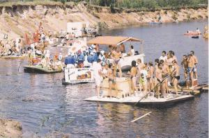Le Canton Langelier accueille La Descente Des Tripes , Quebec , Canada, 1983