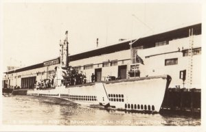 RP: SAN DIEGO , California , 1930-40s ; Submarine at end of Broadway