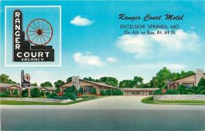 Excelsior Springs Missouri~Ranger Court Motel~Wagon Wheel Sign 1950s