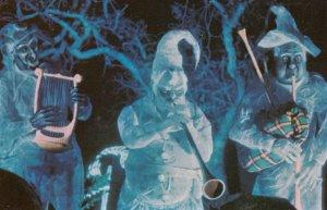 DISNEYWORLD, 1970s; Haunted Mansion, A trembling trio of deceased musicians...