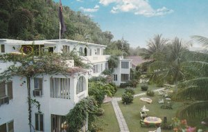 MONTEGO BAY, Jamaica, PU-1960; Gloucester House, Showing Lawns And Gardens