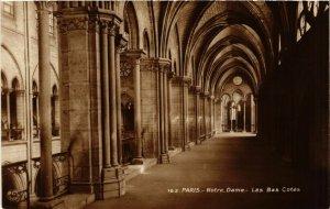 CPA PARIS 4e Notre Dame-Les Bas Cotés (445691)