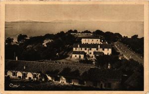 CPA PORQUEROLLES Le Préventorium des Hopitaux d'Avignon (411089)