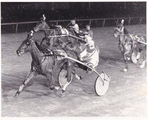 RP; PHILADELPHIA, Pennsylvania, Margeo's Baby Wins Harness Horse Race At LIBE...