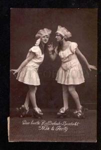 051218 CIRCUS Females ROLLER skating Vintage PHOTO