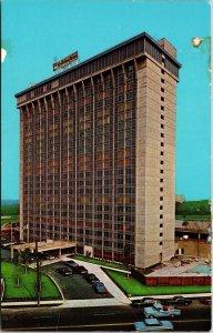 Postcard PA Pennsylvania Philadelphia Holiday Inn City Line Avenue Unposted