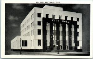 Fort Worth, Texas Postcard CITY HALL Building / Street View Graycraft c1940s