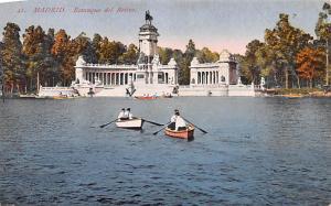 Spain Old Vintage Antique Post Card Estanque del Retiro Madrid Unused