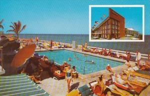 Florida Miami Beach The Caranan Motel With Pool On The Ocean