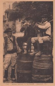 Binious Bretons Le Faouet Horn Players On Beer Barrels French Old Postcard