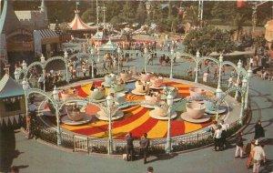 Anaheim California Disneyland Amusement Mad Hatter Tea Party Postcard 21-4544