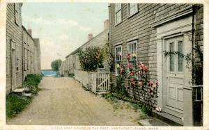 MA - Nantucket. Little Gray House in the East