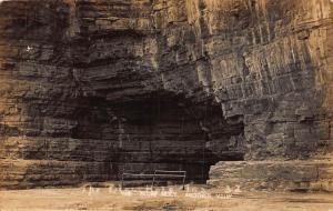 USA The Bleux Hole Cave Postcard