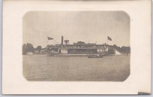 RPPC-Sternwheeler Steam Ship near Winneconne, WIS.- 1909