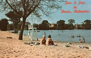 DE - Dover. Silver Lake, Fun and Sun