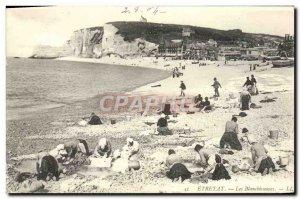 Old Postcard Etretat Blanchiesseuses