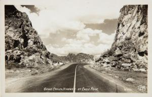 Grand Coulee Highway at Eagle Rock WA Texaco Sign Ellis 493 RPPC Postcard D33