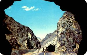 WY - Wind River Canyon. Tunnels