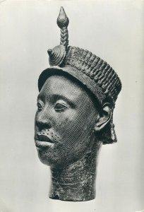 African art sculpture Postcard Brass head Oni of Ife from Ife Yorubaland Nigeria